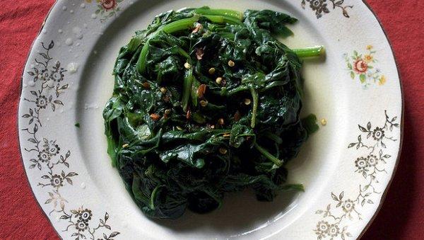 spinaci cotti al vapore copia