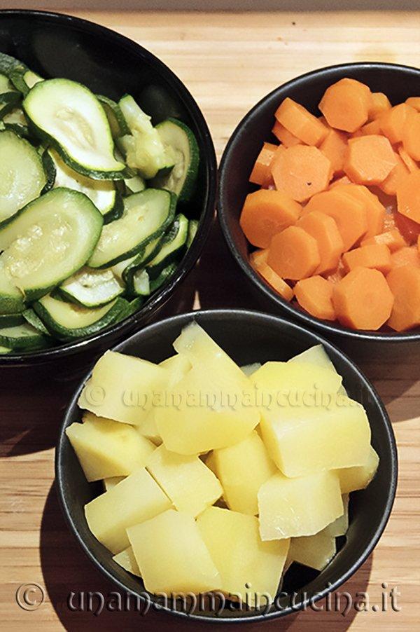 tris di verdure al vapore copia