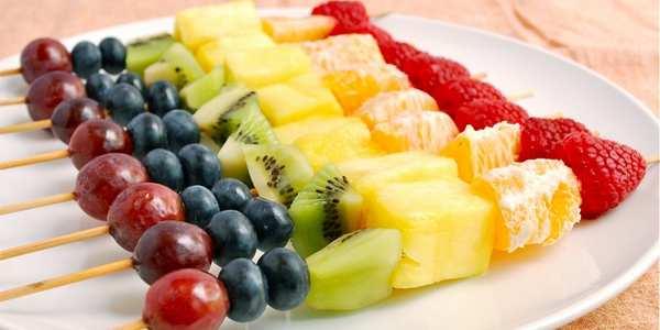 spiedini di frutta ricette