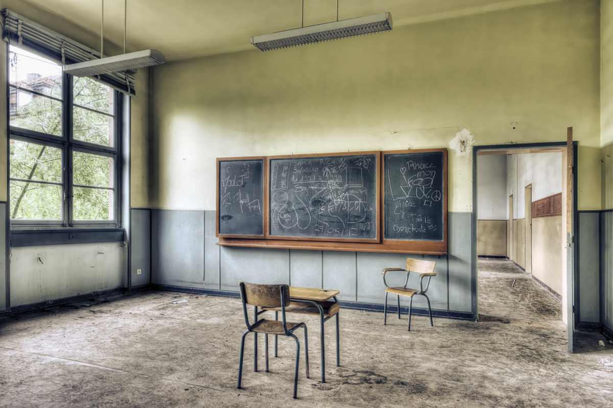 scuola-abbandonata