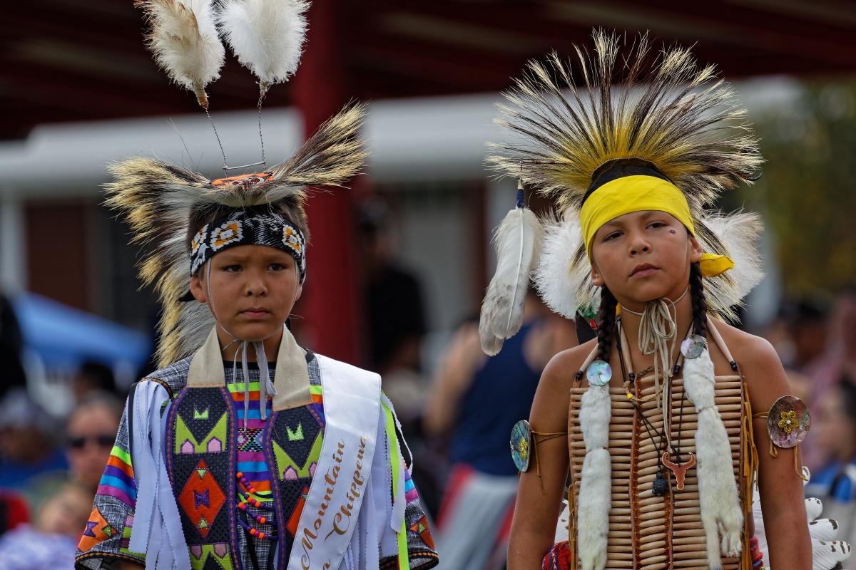 indigeni bambini