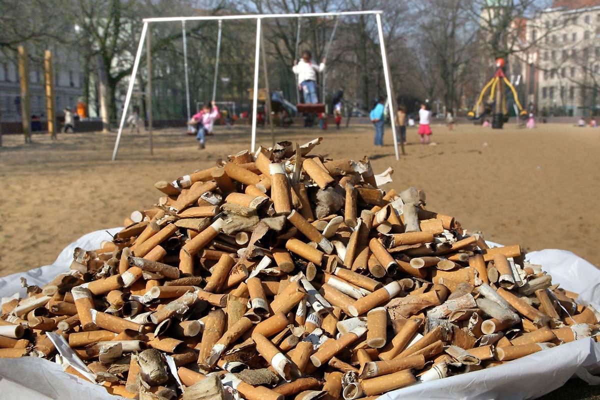 fumare-parco-giochi