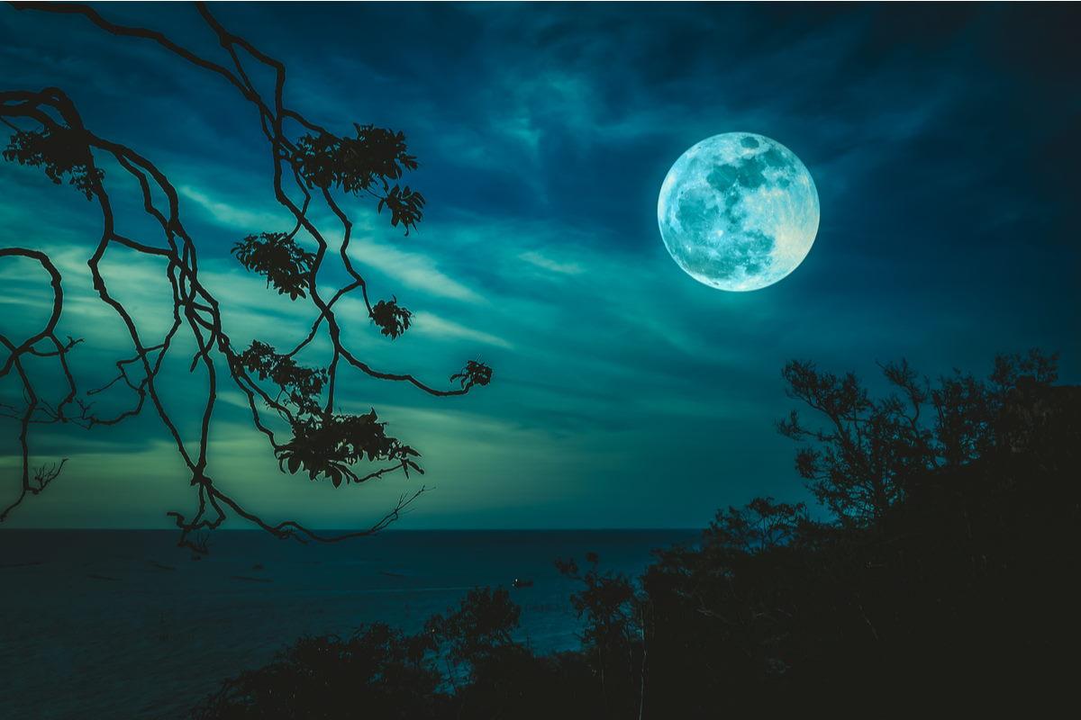luna piena del raccolto venerdì 13 settembre