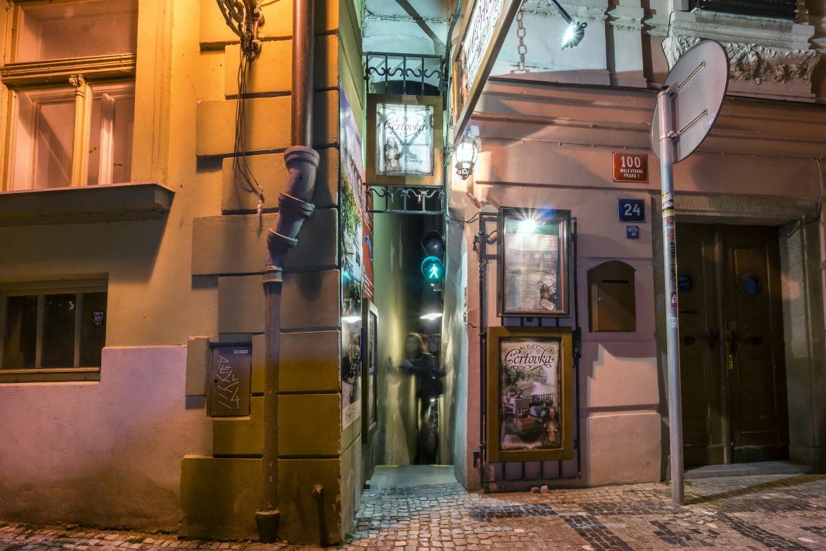 Praga, scala più stretta del mondo