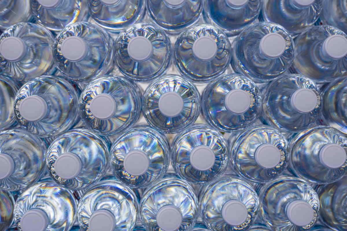 microplastiche tappi bottiglie