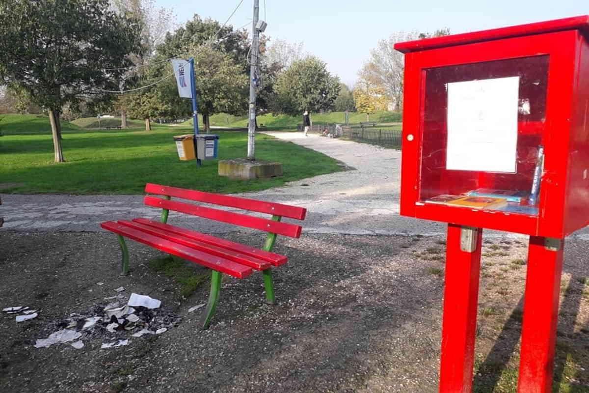 libri panchina rossa modena