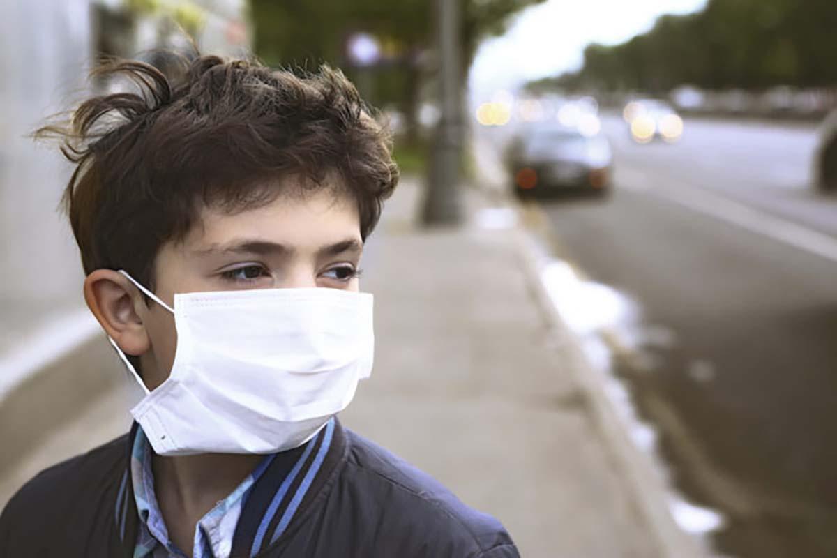 bambino-mascherina-smog