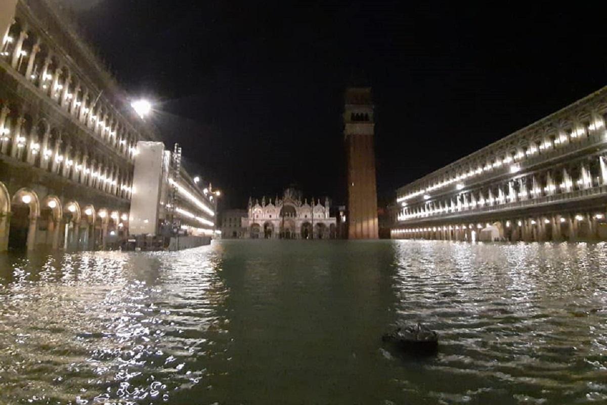 Venezia sommersa dall'acqua