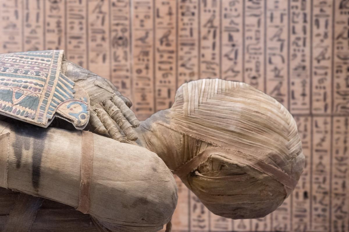 mummia egizia voce