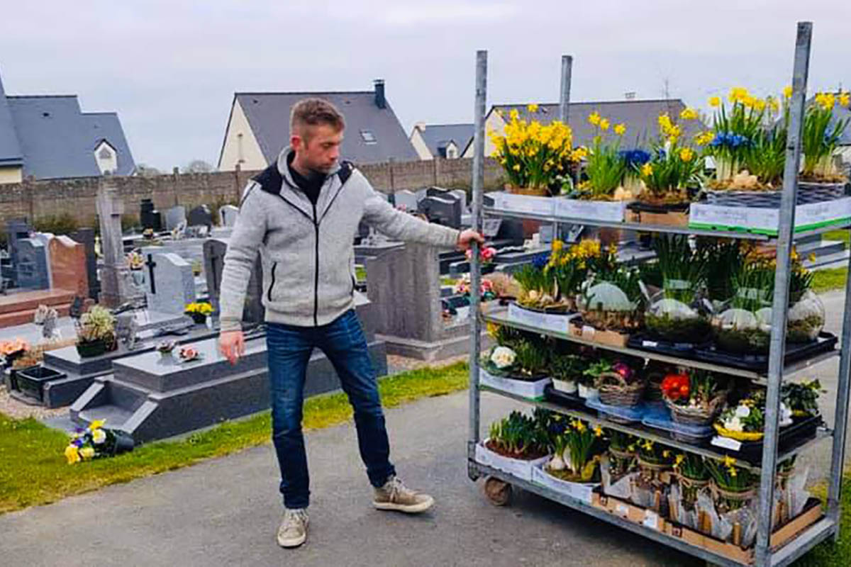regala-fiori-cimitero