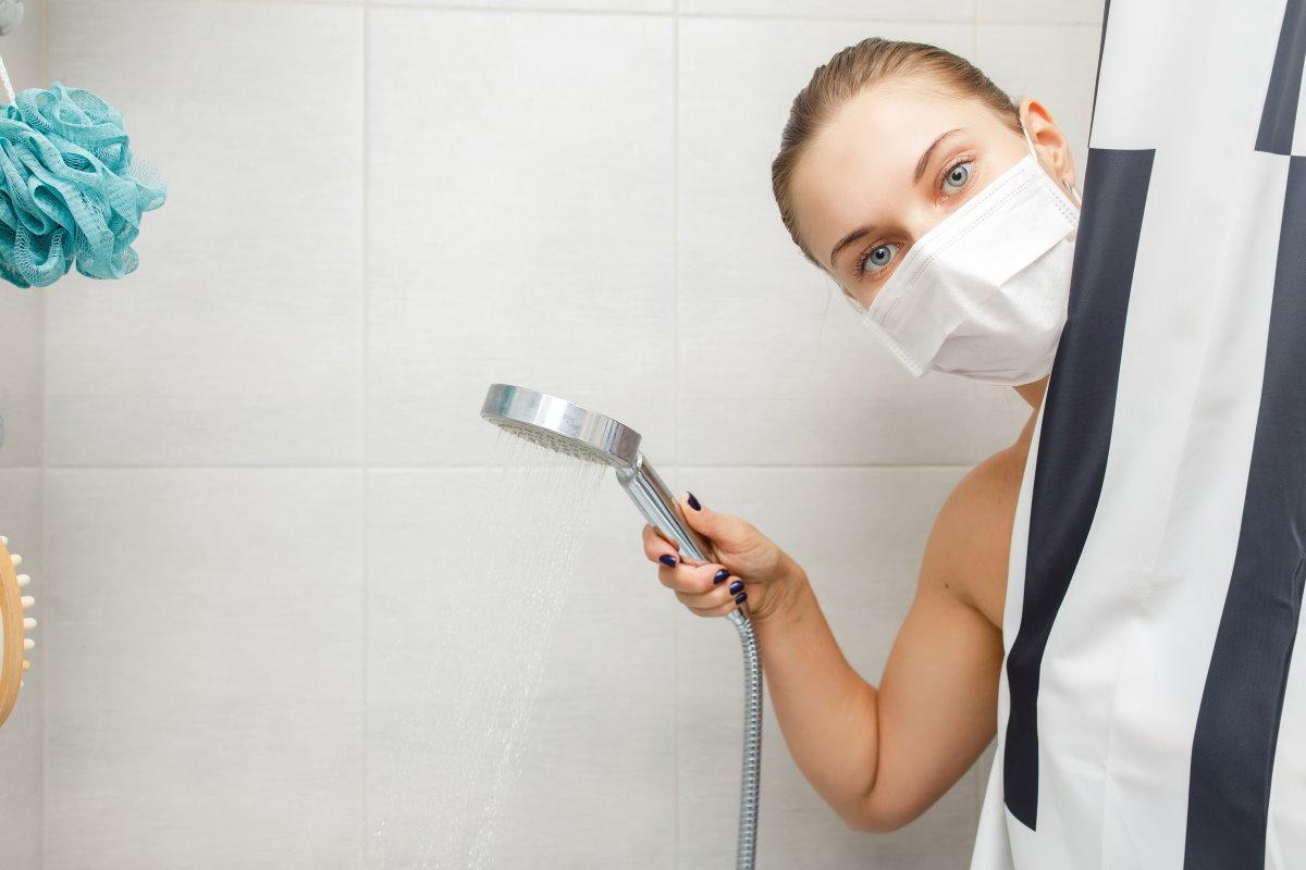 doccia Francia quarantena