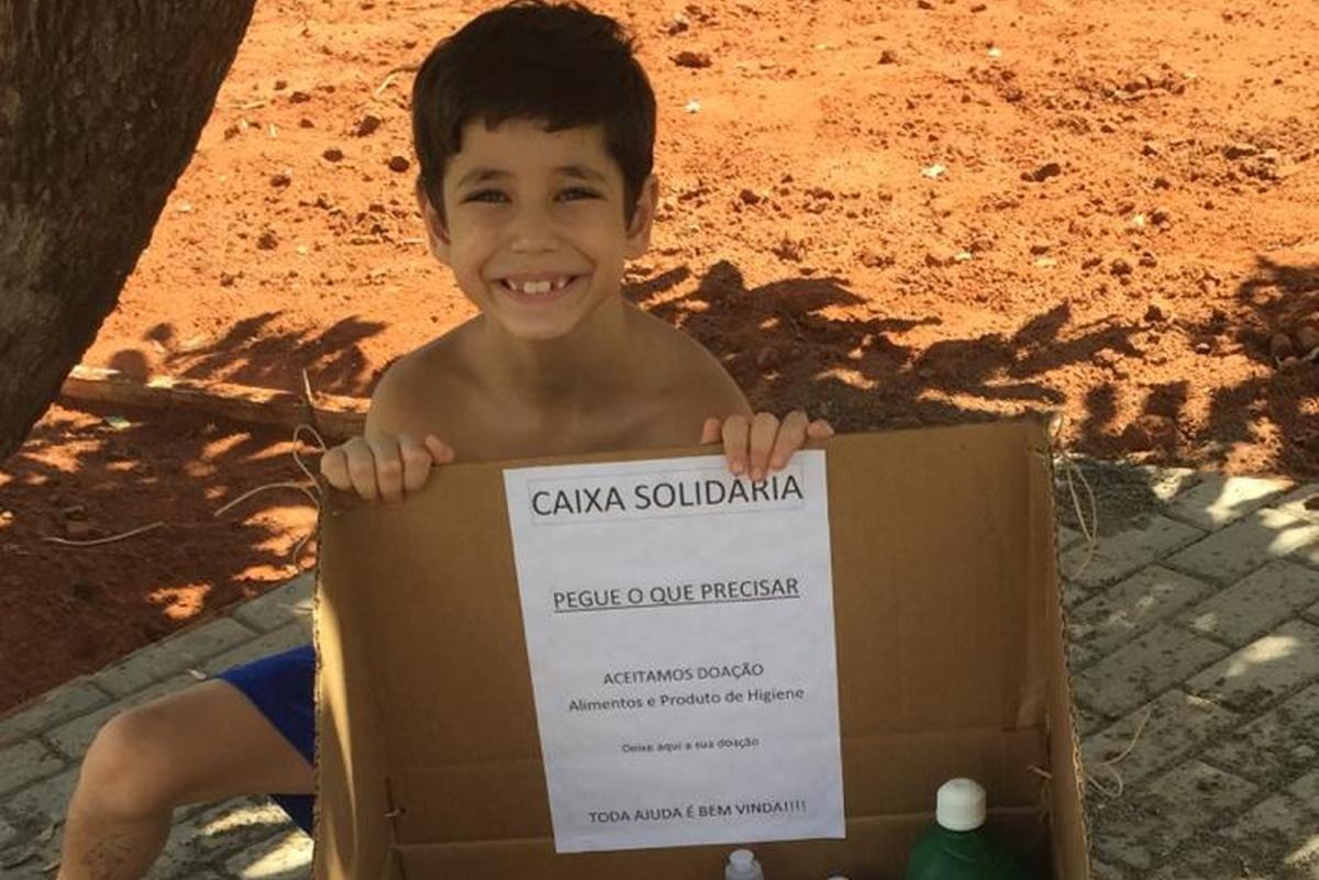 scatola solidarieta