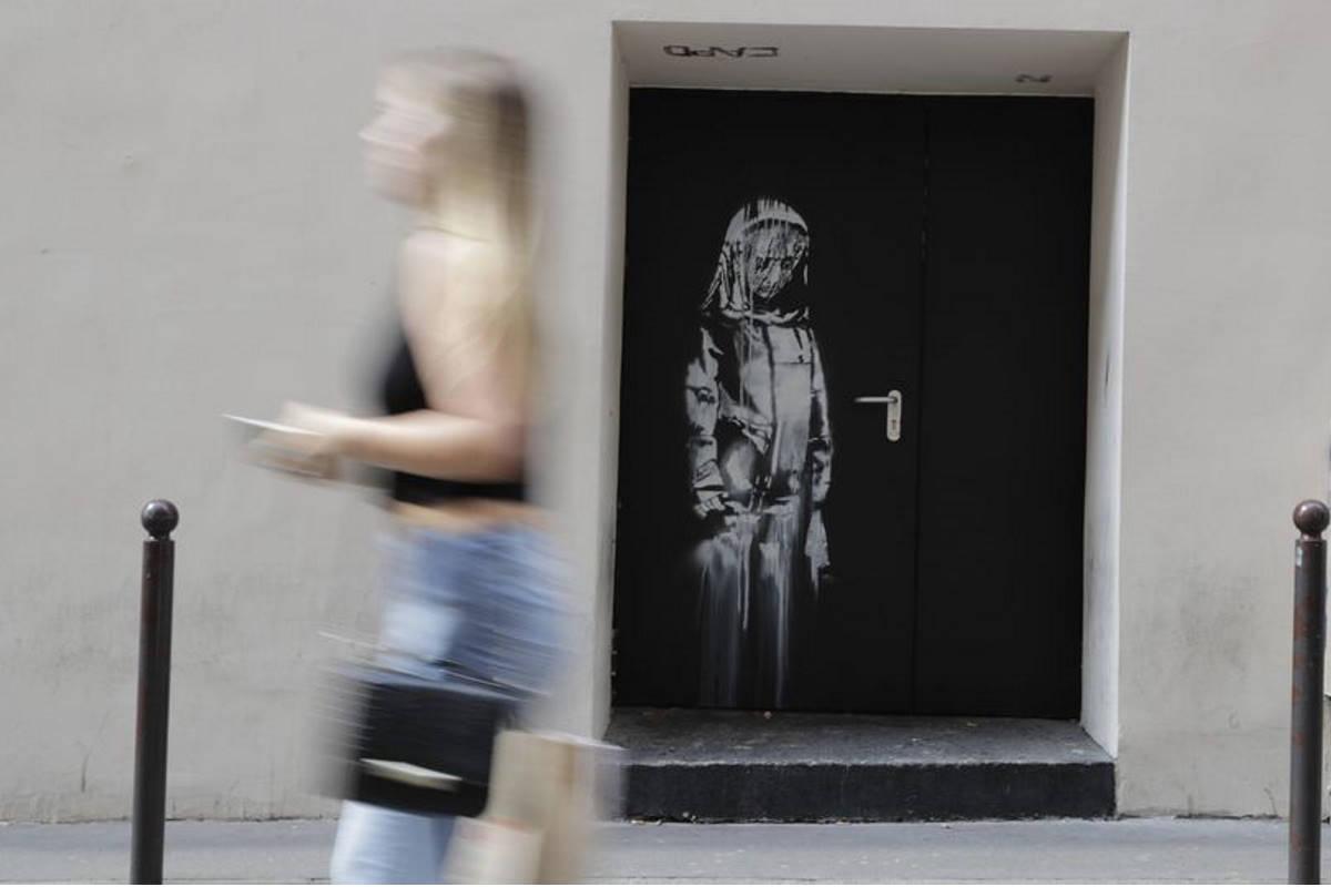 porta bataclan banksy