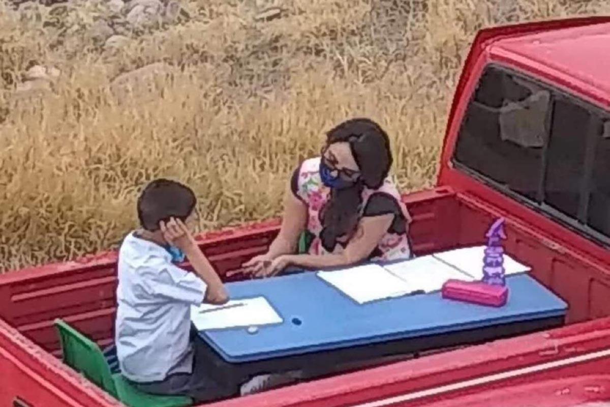 professoressa lezioni furgone