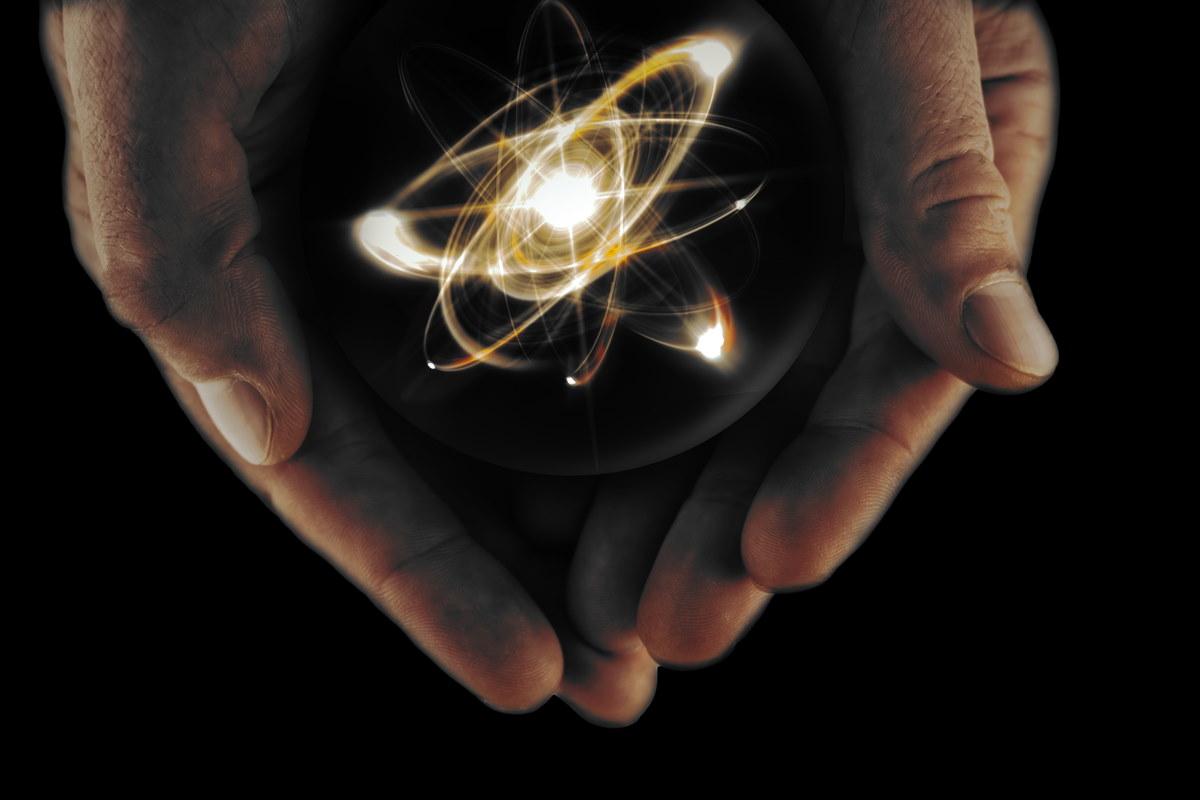 fusione nucleare confinamento reticolare