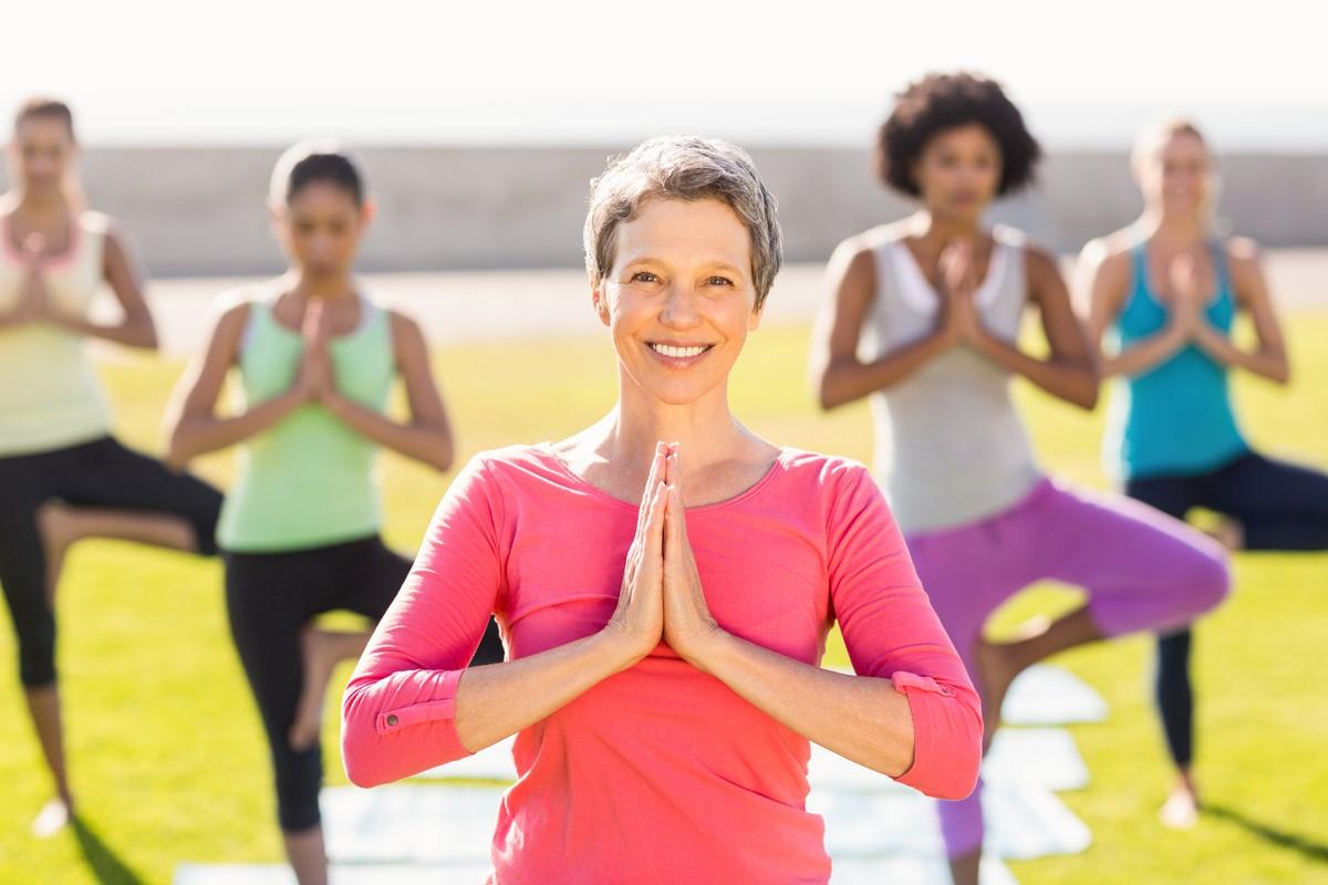 salute mentale yoga risata