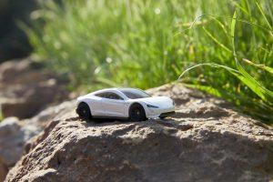 Mattel Matchbox Tesla Roadster (2)