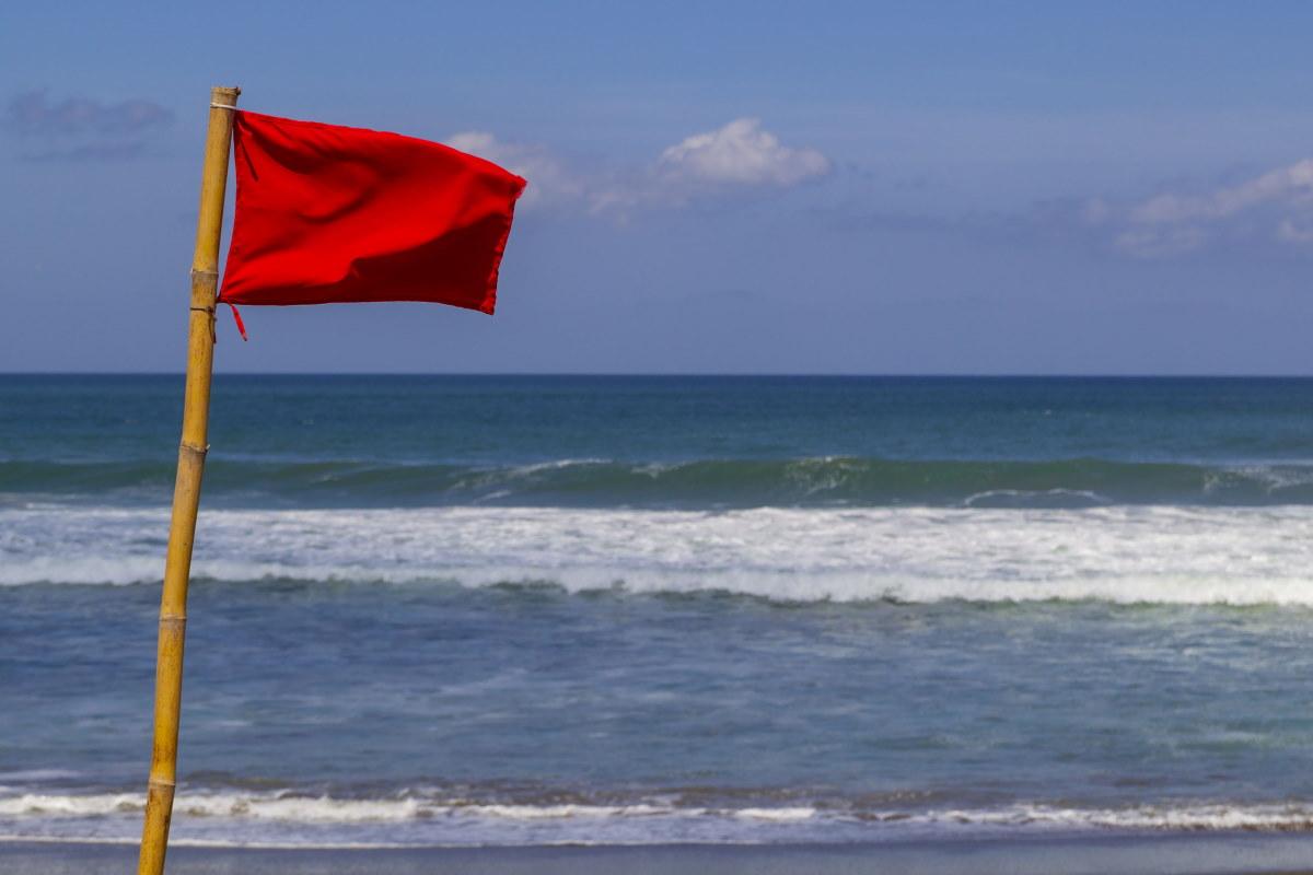 bandiera rossa balneazione