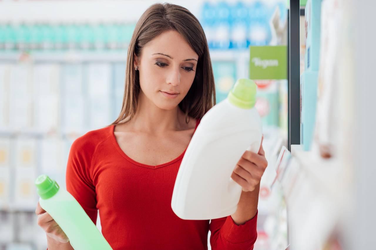 etichette detersivi supermercato