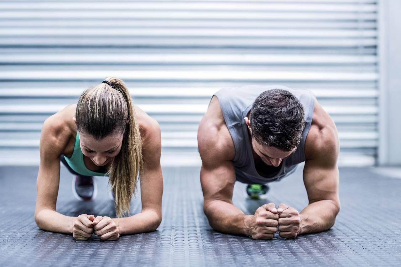 plank esercizio efficace addominali