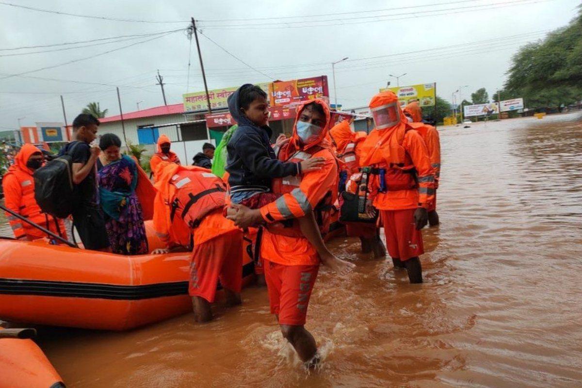 Piogge torrenziali India
