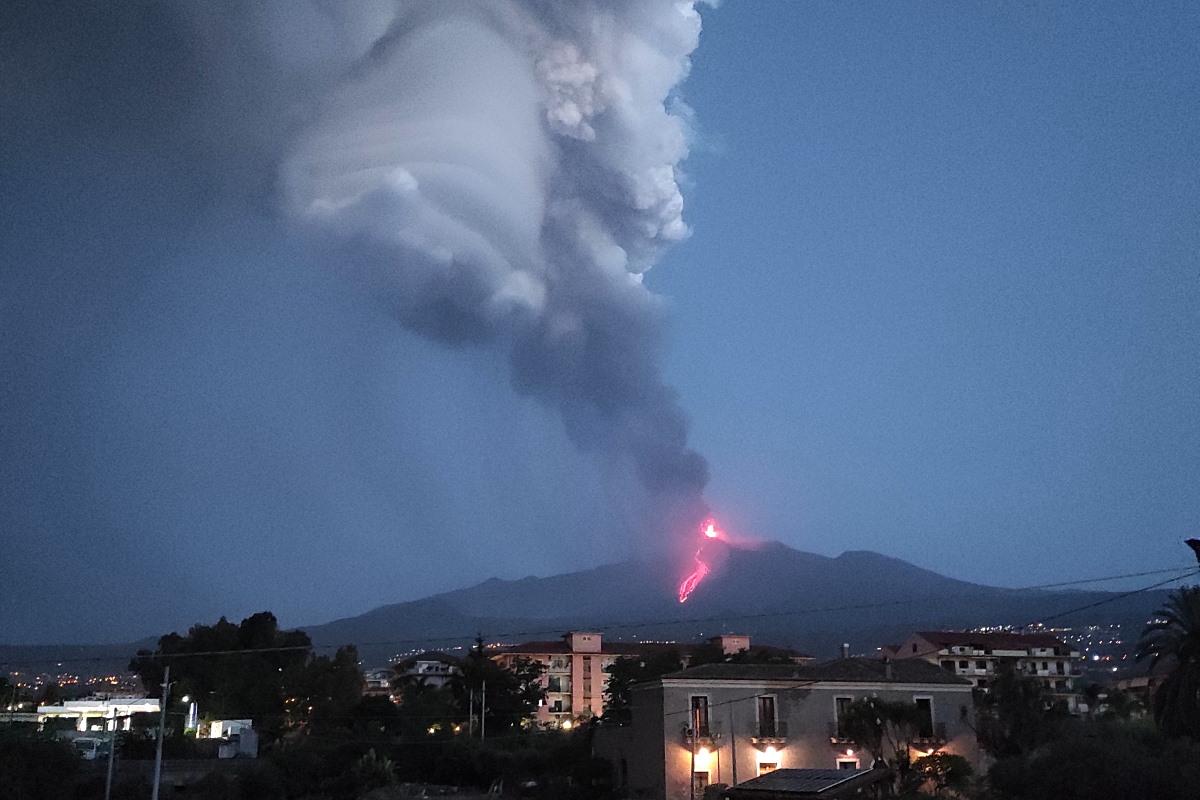 etna eruzione 9 agosto