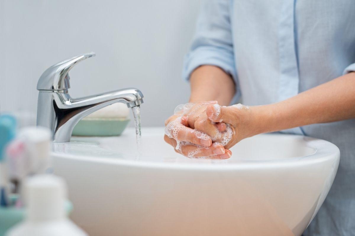 lavarsi bene le mani