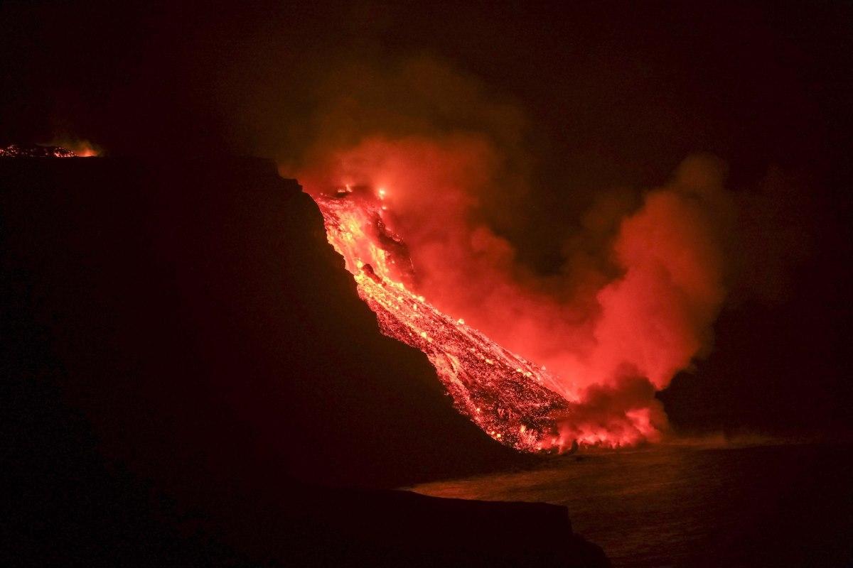 vulcano canarie mare